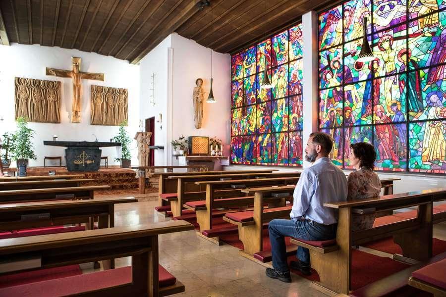 Hauseigene Kapelle und nahe Wallfahrtskirche